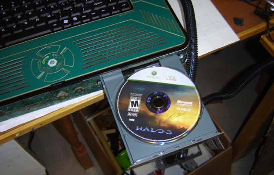 Play Halo 3: Adventures of Purple Crotch with this new laptop